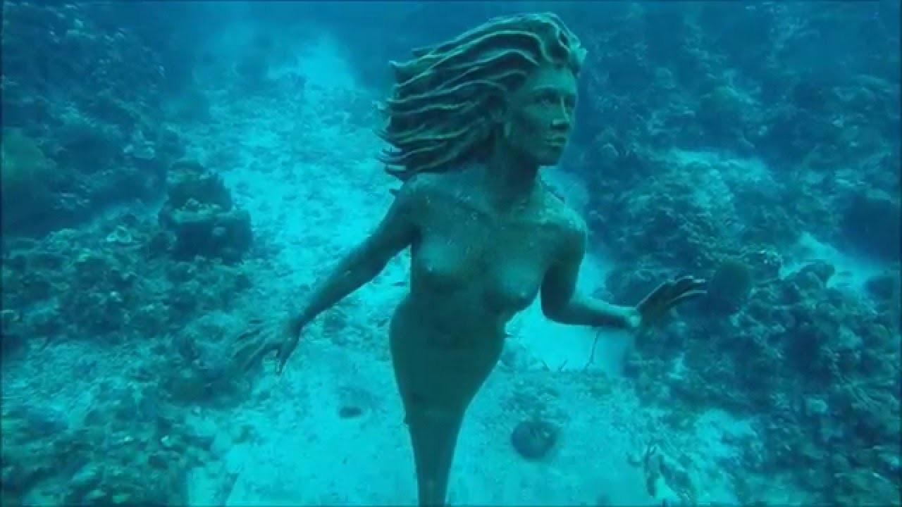 statue d'amphitrite