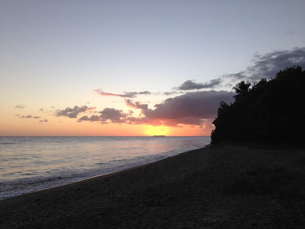 plage de Luengoni en nouvelle calédonie